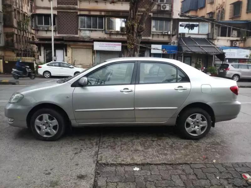 Toyota CorollaHE 1.8J Petrol MT